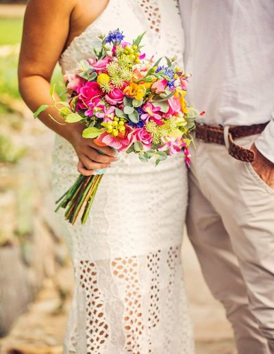 Bright Beach Fiesta wedding bouquet,  faux flower wedding bouquet –  image by Bernadette Draffin Photography #bloominglovelybouquets