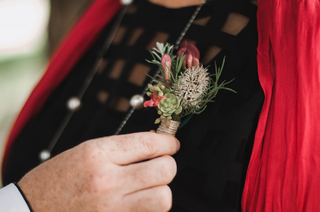 Native Buttonholes, boutonnieres, pin corsage