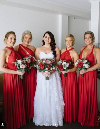 Red Bridesmaids, native flowers, faux flowers, red and pink bouquets - image by Pineapple images #bloominglovelybouquets