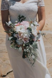 pink and white rustic bouquet