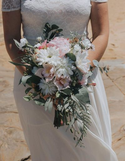 pink and white rustic bouquet, image by Cloud catcher studio  #bloominglovelybouquets #sunshinecoastpopupweddings