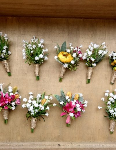 buttonholes bright and babies breath