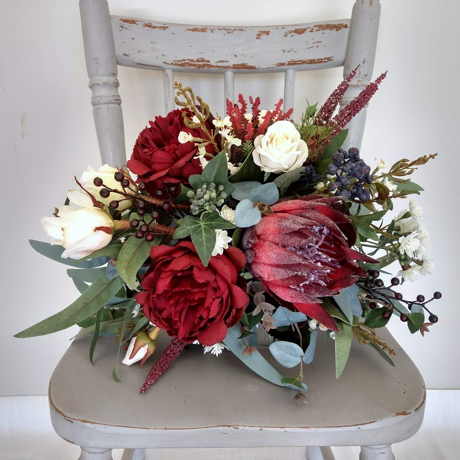 White Wedding Espa L: Burgundy Boho Native Bridal Bouquet
