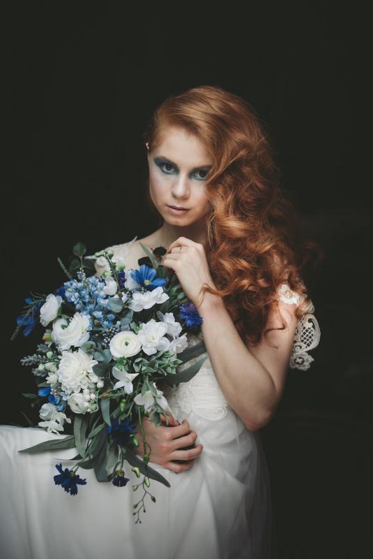 LOVELENSCAPES PHOTOGRAPHY Sapphire Bouquet